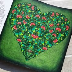 ❤ Jardin Secret ❤ #secretgarden #lostocean #enchantedforest #johannabasford #colorirlivros #coloriagepouradultes #coloringbook #pencil #prismacolor #foret #woods #forest #nature #adultcoloring #colorful #green #happy #friday #morning #arttherapie #arttherapy #art #inspiration #creative #love #heart @johannabasford @desenhoscolorir @colorindolivrostop @inspiracaojardimsecreto Follow me on : ❤ Facebook : http://www.facebook.com/sundaymorningcreationscolorie ❤ Youtube…
