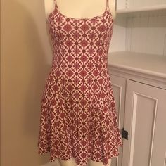 Red Boho print dress Never worn. Adjustable straps. Stretchy material. Cheaper on Ⓜ️ Dresses Mini