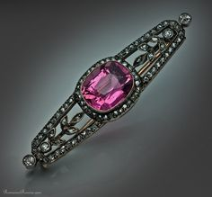 Faberge silver topped gold, diamond and pink tourmaline (rubellite) brooch in the Garland style, made in St. Petersburg between 1908 and 1917, workmaster Andrei Gorianov.