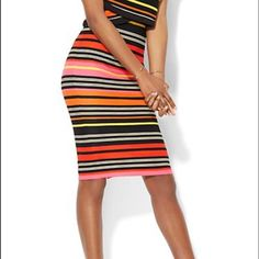 NY&CO Skirt Gorgeous colors New York & Company Skirts