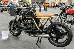BMW K100 Brat Style - BMW Die Motorwerk Show - Mulafest 2014 #motorcycles #bratstyle #motos   caferacerpasion.com