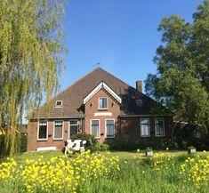 Conhecendo uma fazenda de queijos holandeses 💛 #holland #volendam #alidahoeve Holland, Cabin, House Styles, Home Decor, Farmhouse, Getting To Know, Destinations, The Nederlands, Decoration Home