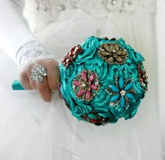 Brooche  wedding bouquet and boutonniere by wandadesign on Etsy, €75.00