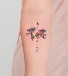 """8,073 Likes, 186 Comments - Robson Carvalho Tattoo (@robcarvalhoart) on Instagram: """"Rosa minimalista na costela da Carol Valeu pela visita e pela confiança. ✌️ Agendamentos e…"""""""