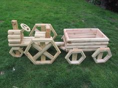 Landscape Timber Train Planter Plans  | Planters & Decor - Spring is on it's way!