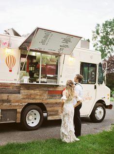 Coffee Food Truck, Food Truck Menu, Food Truck Wedding, Food Truck Design, Wedding Reception Food, Wedding Catering, Food Truck Party, Reception Ideas, Vegan Quesadilla