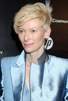 I think Tilda Swinton should be one of the next people to play Doctor Who. Bidd y Craft Tilda Swinton, Androgynous Look, Androgyny, Short Blonde, English Actresses, Hair Art, Her Hair, Pixie, Short Hair Styles