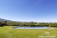 Magnífico jardín con piscina y vistas panorámicas a todo el valle de la Cerdanya ubicado en Gorguja, Llivia ! http://www.engelvoelkers.com/es/cerdanya/llivia/gorguja/duacuteplex-con-vistas-abiertas-al-paisaje-en-llivia-w-022pva-3486070.1107152_exp/?startIndex=48&businessArea=&q=&facets=bsnssr%3Aresidential%3Bcntry%3Aspain%3Brgn%3Acerdanya%3Btyp%3Abuy%3B&pageSize=10&language=es&elang=es