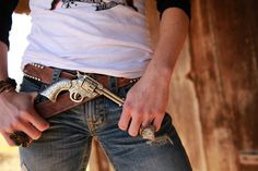 pistol BUCKLE from the fab ladies of @JuNK GyPSY