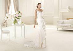 Pronovias presents the Datsun wedding dress. Fashion 2013.   Pronovias