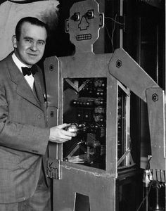 # 1 historical reference: the first humanoid robot, invented in the 1920