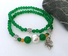 Women's Irish-inspired bracelets. Handmade. https://img1.etsystatic.com/145/0/8965783/il_fullxfull.1188082009_n13s.jpg #etsymntt #irish #stpatricksday