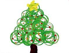 """tapa de Navidad de los niños de P4 hecha con rollos de papel higiénico y pintura"""""""