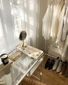Makeup Room Decor, Makeup Rooms, Aesthetic Room Decor, Beige Aesthetic, Room Ideas Bedroom, Bedroom Inspo, Dream Rooms, Dream Bedroom, My New Room