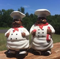Bistro Black Chef Figural Salt And Pepper Shakers Decor Collectibles Ebay