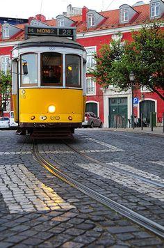Tram 28 at Portas do Sol, near São Vincente, one of the locations of the film Night Train to Lisbon, being shot in Lisbon, Portugal. Photo: © Rui Rebelo via www.flickr.com/ruireb 12/April/2012