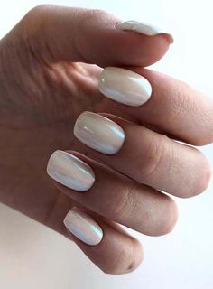 Browse here to see the latest trends of nail art designs for ladies to wear in year 2018 We have made a collection of fantastic nail designs - nails Cute Nails, Pretty Nails, My Nails, Short Nail Designs, Nail Art Designs, White Nail Designs, Natural Gel Nails, Pearl Nails, Holographic Nails
