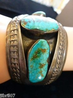 VINTAGE NAVAHO OLD PAWN BLUE TURQUOISE SHADOWBOX SILVER CUFF