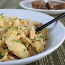 Receta de Huevos Revueltos con Cebolla