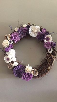 This craft kit was sold online by sola wood flowers. So many color option are available. Craft night must have. Sola Wood Flowers, Wooden Flowers, Paper Flowers Diy, Flower Crafts, Wreath Crafts, Diy Wreath, Wreath Making, Flower Centerpieces, Flower Decorations