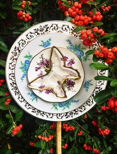 Betty Butterfly Yard Art Glass Garden Flower Vintage China