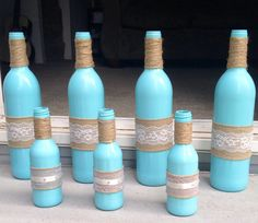 Simple and Creative Tricks Can Change Your Life: Concrete Vases Grey rose vases ideas. Bottle Glasses Diy, Wine Bottle Vases, Wine Bottle Crafts, Mirror Crafts, Vase Crafts, Black Vase, Blue Vases, White Vases, Vase Centerpieces