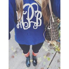 rainy morning gear. @marleylilly #marleylilly #marleylillylove #monogram #crewneck #mPb