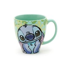 Bring a touch of the tropics to your morning with this super-cute Stitch mug. The colourful design features detailed artwork of Stitch looking typically cheeky on one side and too sweet for words on the reverse! Disney Cups, Disney Art, Stitch Disney, Lelo And Stitch, Best Friend Drawings, Cute Stitch, Stitch Cartoon, Cute Disney Drawings, Disney Kitchen