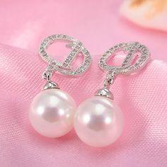 Wholesale D Word pendientes Earring Sterling Silver Needle Such As Beauty Beauty  Allergy Free Crystal Pearl Earrings
