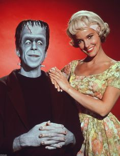 The Munsters TV Show Photo X22 | eBay
