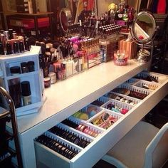 WOW.. I need this vanity!   Crazy good makeup organization!! | DIY: Be Your Own Beauty Stylist