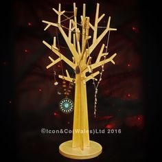 Our ever popular floor standing display trees have been shrunk down & are very soon to be made available to buy from our website. Cut from 3mm plywood & clear lacquered, they're quite beautiful in their own right, & like their full sized cousins, are entirely flat pack. #display #jewelry #jewelrydisplay #tree #displaytree #plywood #ply #christmasgift #christmasgifts #christmasgiftideas #moderninterior #flatpack