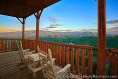 Official site for Smoky's Awesome View cabin in Pigeon Forge. Book online and get over $400 in Trip Cash attraction tickets FREE.