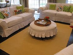 quincy cottage: Summer Look--White slipcovers