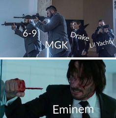 dropping this. Just dropping this.Just dropping this. Eminem M&m, Eminem Funny, Eminem Songs, Funny Video Memes, Funny Short Videos, Stupid Funny Memes, Heavy Metal, Eminem Poster, Eminem Wallpapers