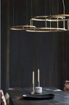 DCW éditions is an editor of lights and furniture. Pendant Lamp, Pendant Lighting, Dcw Editions, Off The Wall, Light And Shadow, Messing, Interior Design Inspiration, Tablescapes