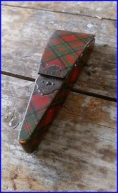 1800s-Lacquer-Ware-Tartan-Stuart-Sewing-Thread-Case-Needle