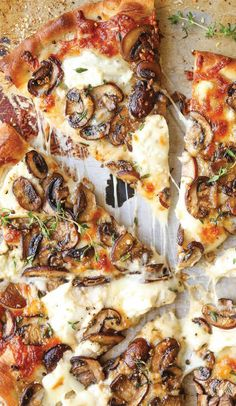 White Mushroom Pizza – The BEST pizza for all cheese and mushroom lovers! Loaded… White Mushroom Pizza – The BEST pizza for all cheese and mushroom lovers! Loaded with 2 types of cheese and garlic herb sautéed mushrooms! Burrata Pizza, Prosciutto Pizza, Goat Cheese Pizza, Spinach Pizza, Pesto Pizza, Flatbread Pizza, Pizza Recipes With Goat Cheese, Gourmet Pizza Recipes, Barbecue Recipes