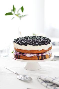 Walnut Blueberry Cake