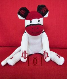 Indiana University Sock Monkey @Michelle Prewitt-Rogowski I might need you to make me one of these when I have kids :)