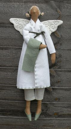 A bathtime Tilda angel
