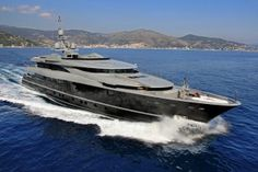 View large version of image: BEST DISPLACEMENT MOTOR YACHT - SEA FORCE ONE