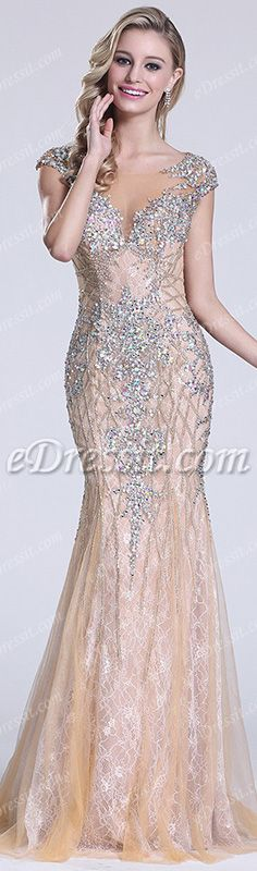 Be the spotlight in this stunning gown! #edressit #dress #prom #fashion #women #sparkle