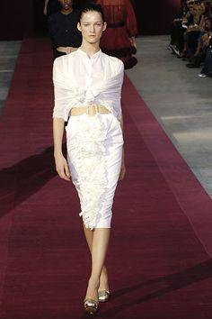 Saint Laurent Spring 2006 Ready-to-Wear Fashion Show - Sasha Pivovarova