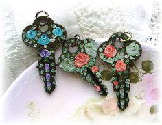Lot Vintage Keys Hand Painted Enamel Roses by TheVintageHeart