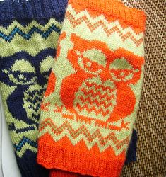 Ravelry: owlie owl cowl pattern by Betsy Farquhar