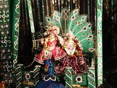 Jhulana Yatra Festival Pics.. Wow.. Radha Krishna.. @ISKCONPune  2012