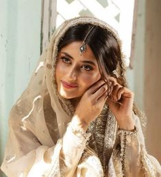 Sajal Ali, Pakistani Dresses Casual, Pakistani Actress, Beauty Queens, Cute Couples, Sari, Actresses, Actors, My Favorite Things