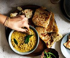 Roti with chana dhal recipe :: Gourmet Traveller Roti mit Chana Dal Rezept :: Gourmet Traveller Indian Food Recipes, Vegan Recipes, Cooking Recipes, Curry Recipes, Healthy Indian Food, Best Vegetarian Dishes, Vegetarian Curry, Recipe Search, The Best