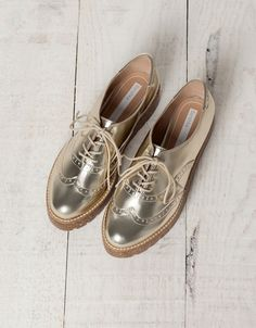 Chaussures perforées Bershka - Chaussures plates - Bershka France